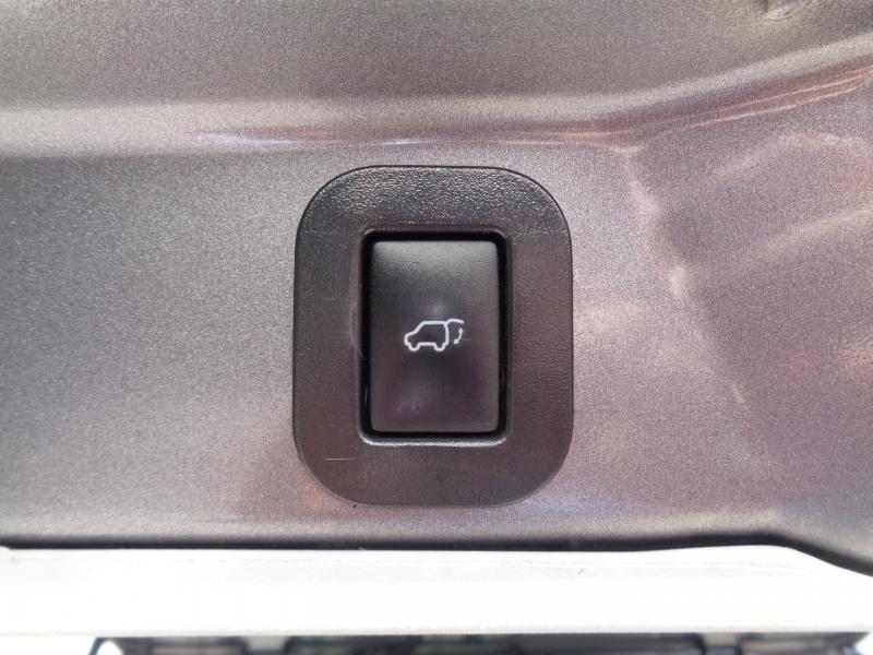 Toyota Sienna 2014 price $17,797