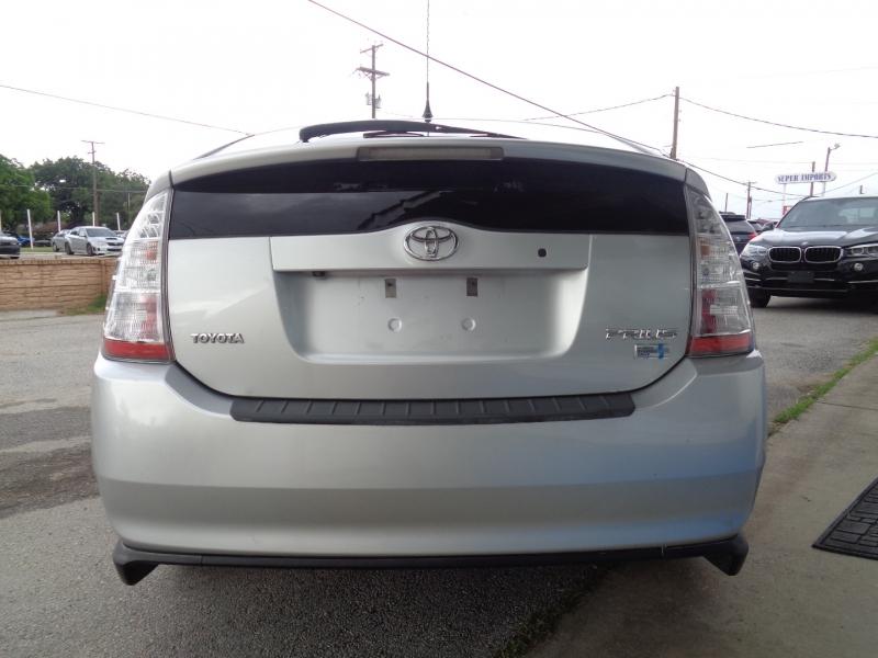 Toyota Prius 2009 price $8,997