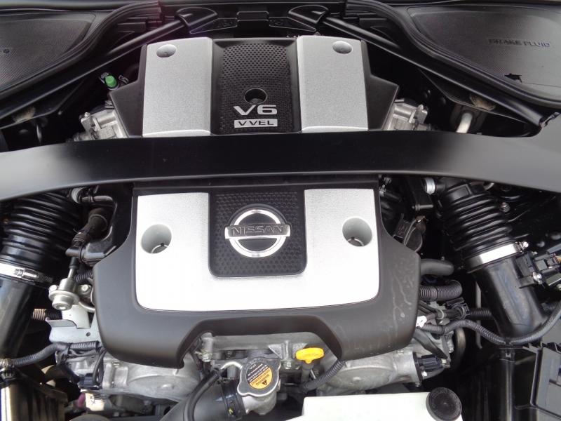 Nissan 370Z 2011 price $18,997