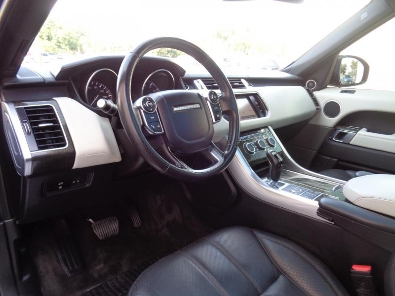 Land Rover Range Rover Sport 2015 price $34,497