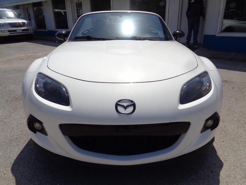 Mazda MX-5 Miata 2015 price $19,997
