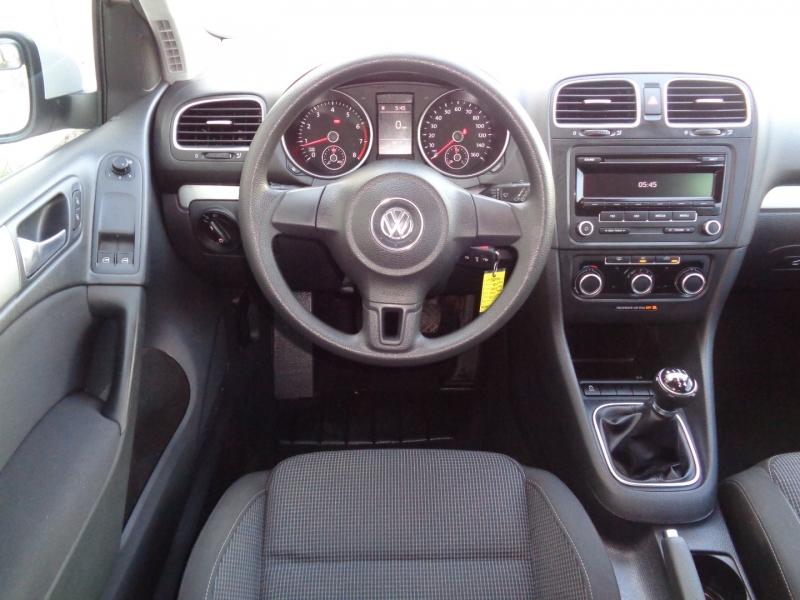 Volkswagen Golf 2012 price $11,497