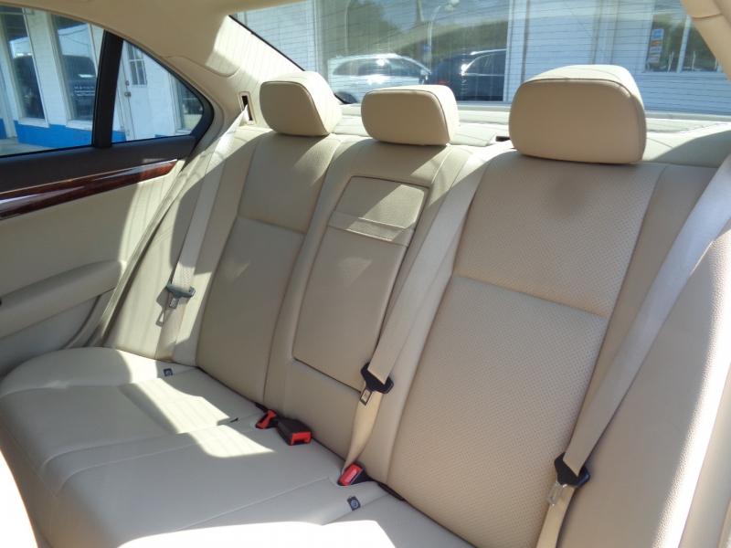 Mercedes-Benz C-Class 2009 price $14,497