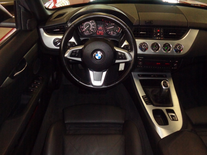 BMW Z4 2011 price $23,797