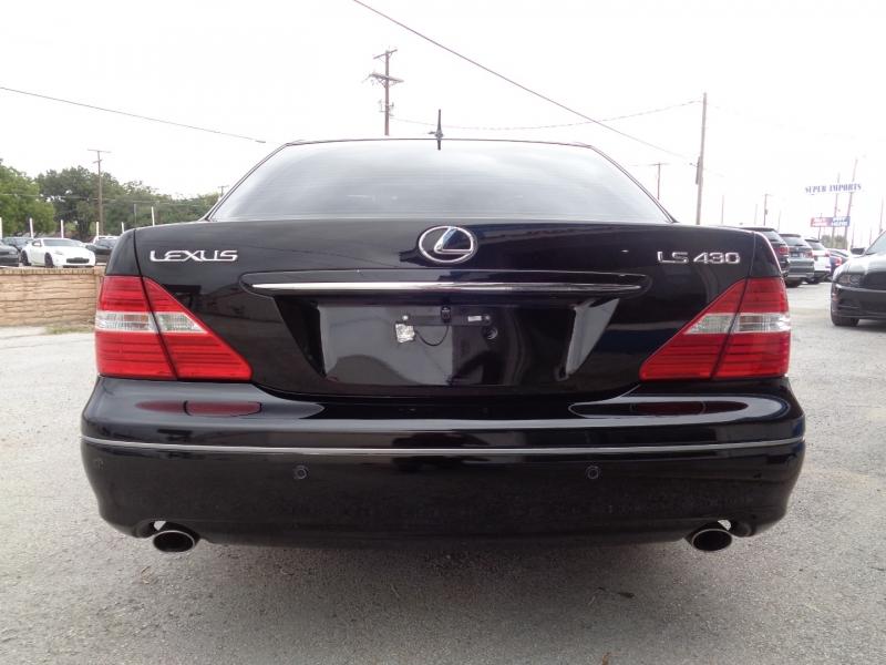 Lexus LS 430 2004 price $11,497
