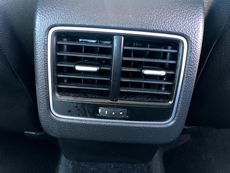 Volkswagen Passat 2013 price $8,994