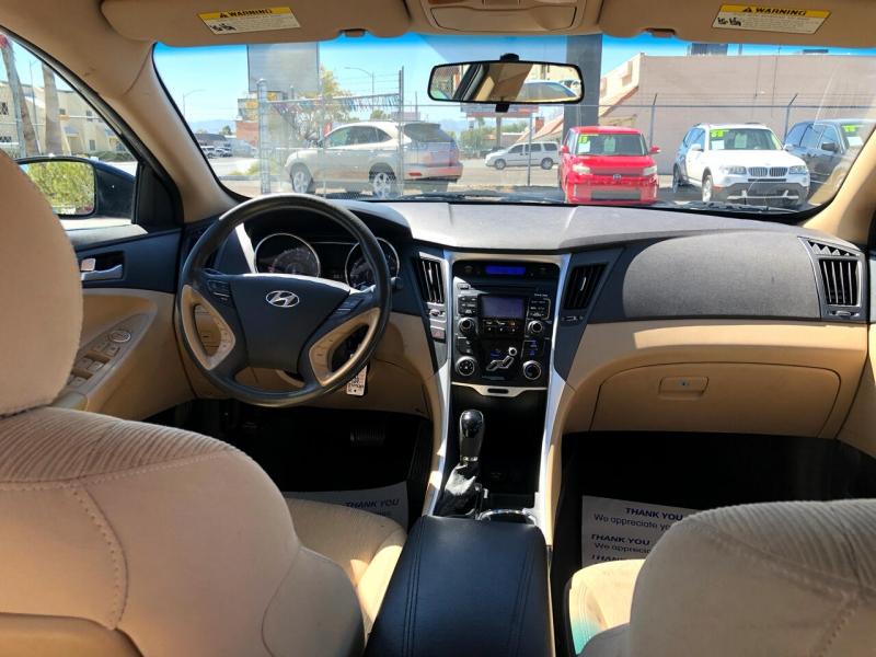 Hyundai Sonata 2011 price $8,998