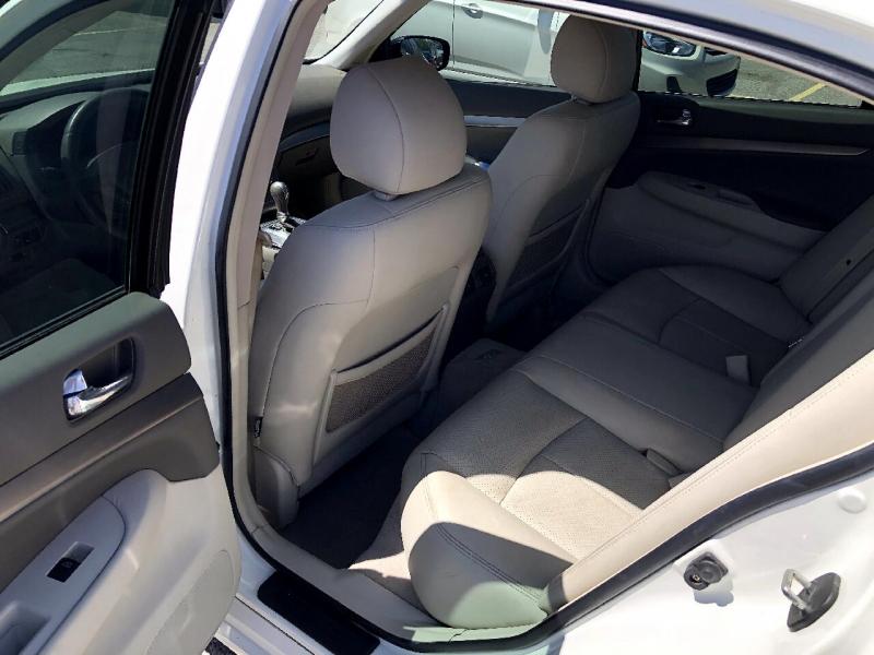 Infiniti G25 Sedan 2011 price $10,495