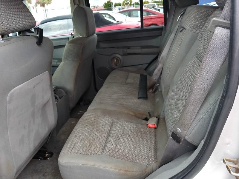 Jeep Commander 2006 price $3,995