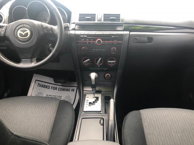 Mazda Mazda3 2009 price $3,995