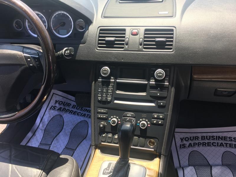 Volvo XC 90 2011 price $6,991