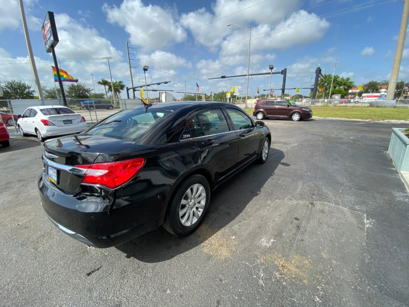 Chrysler 200 2014 price $5,995