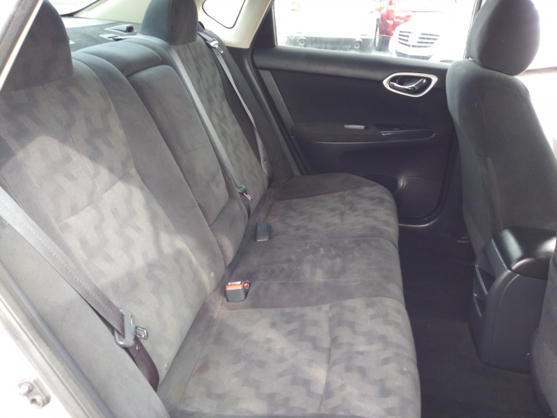 Nissan Sentra 2013 price $5,989