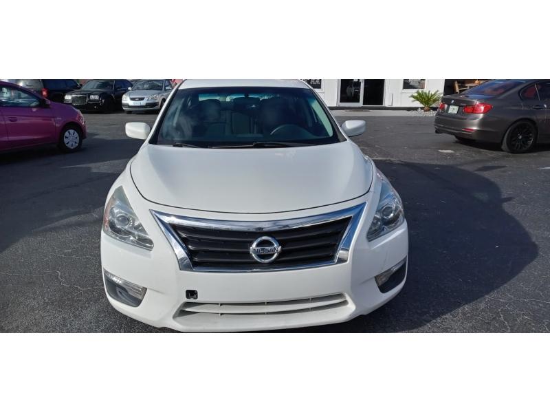 Nissan Altima 2015 price $6,995