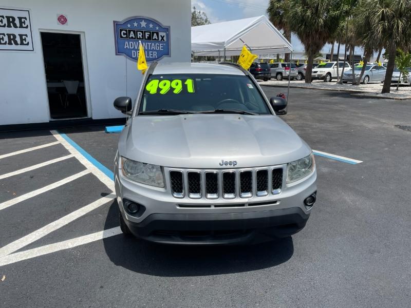 Jeep Compass 2011 price $4,991