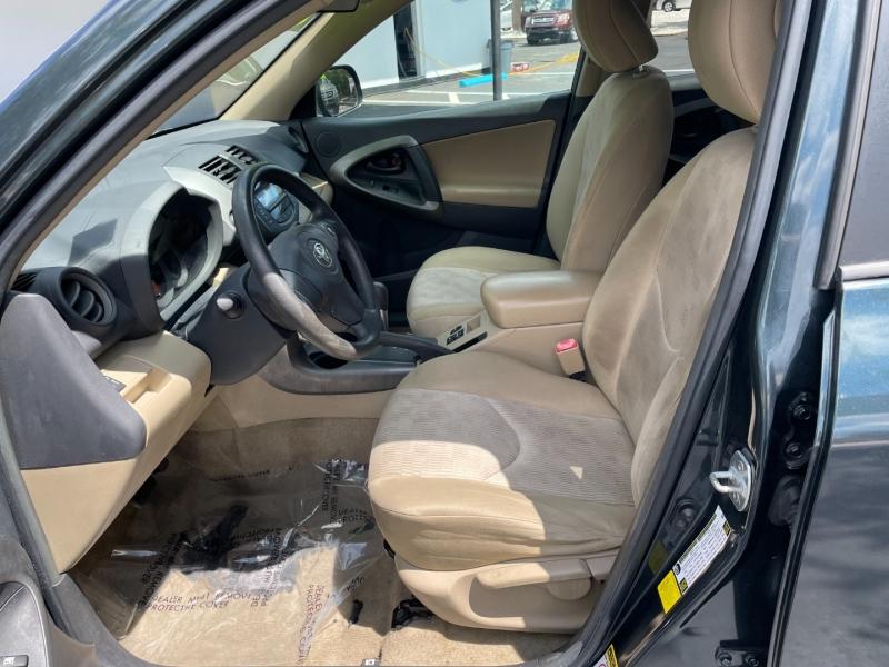 Toyota RAV4 2011 price $7,291