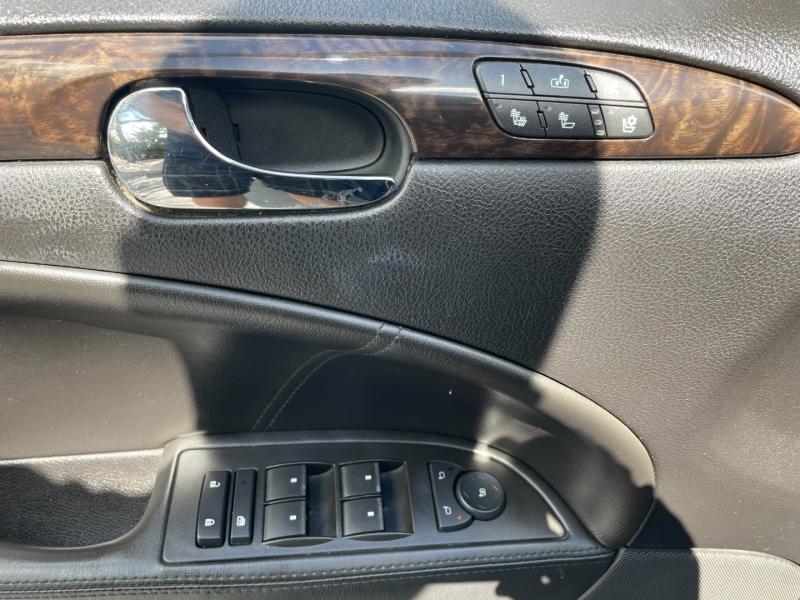 Buick Lucerne 2006 price $3,992
