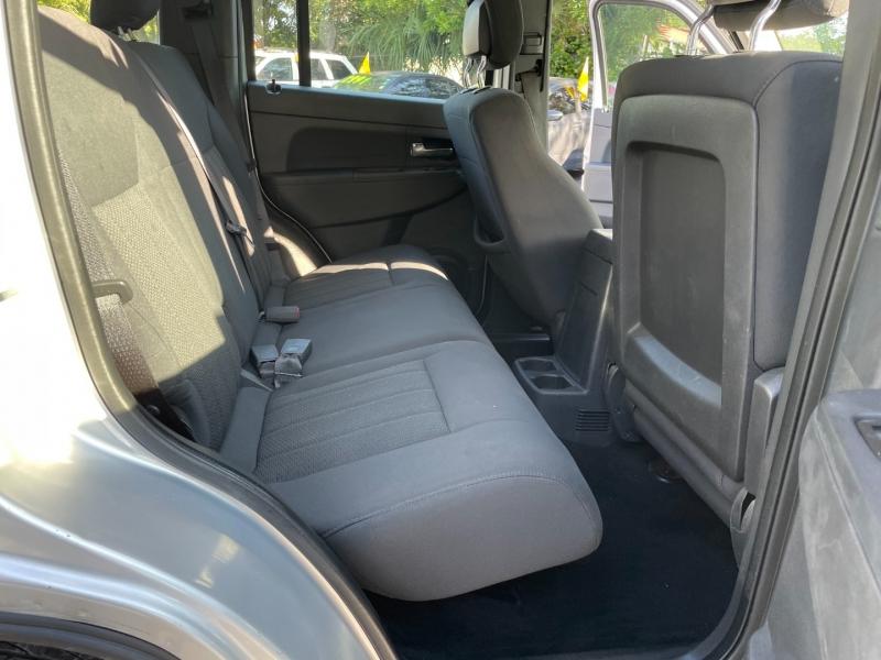 Jeep Liberty 2012 price $5,992