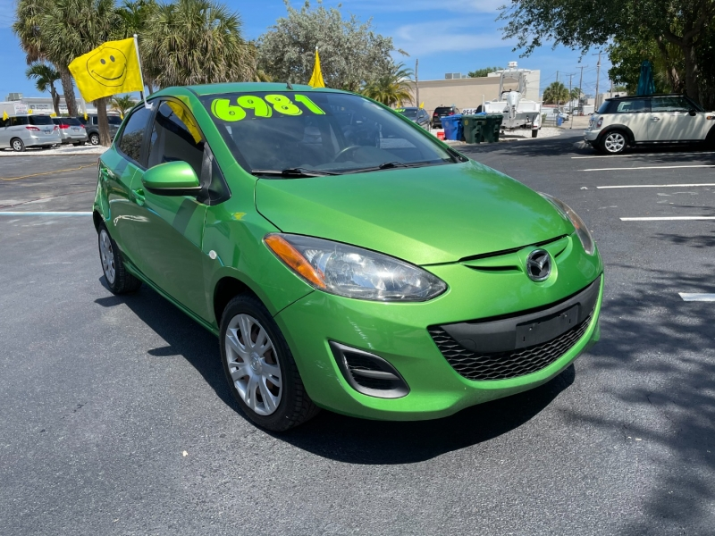 Mazda 2 2013 price $5,891
