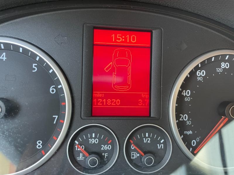 Volkswagen Tiguan 2009 price $5,991