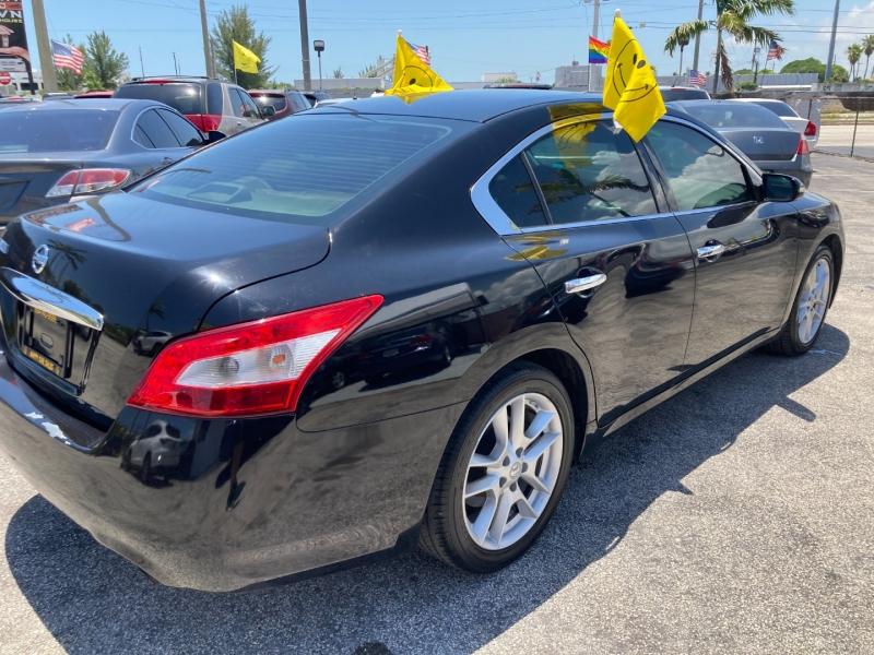 Nissan Maxima 2009 price $5,995