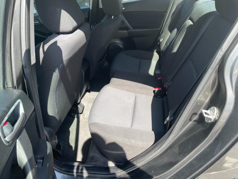 Mazda 3 2010 price $4,991