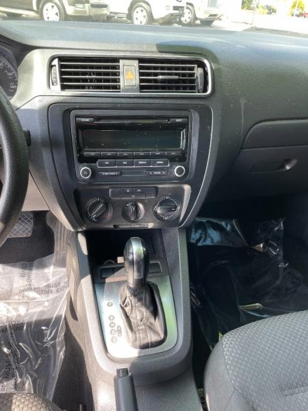 Volkswagen Jetta 2012 price $6,991