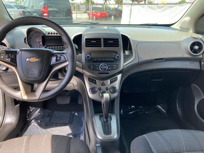 Chevrolet Sonic 2014 price $6,989