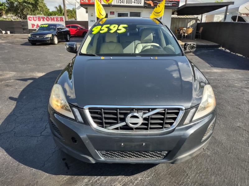 Volvo XC60 2011 price $8,595