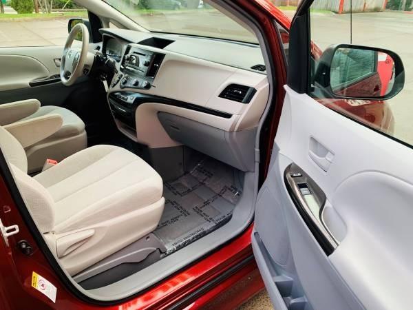 Toyota Sienna 2011 price $34,800