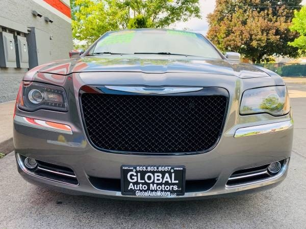 Chrysler 300 2012 price $9,900