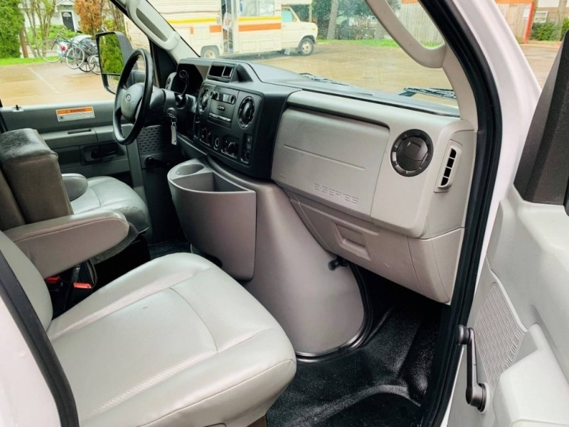 Ford Econoline Commercial Cutaway 2012 price $14,800