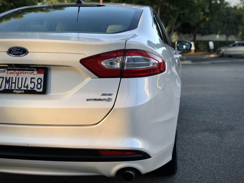 Ford Fusion 2015 price $10,089