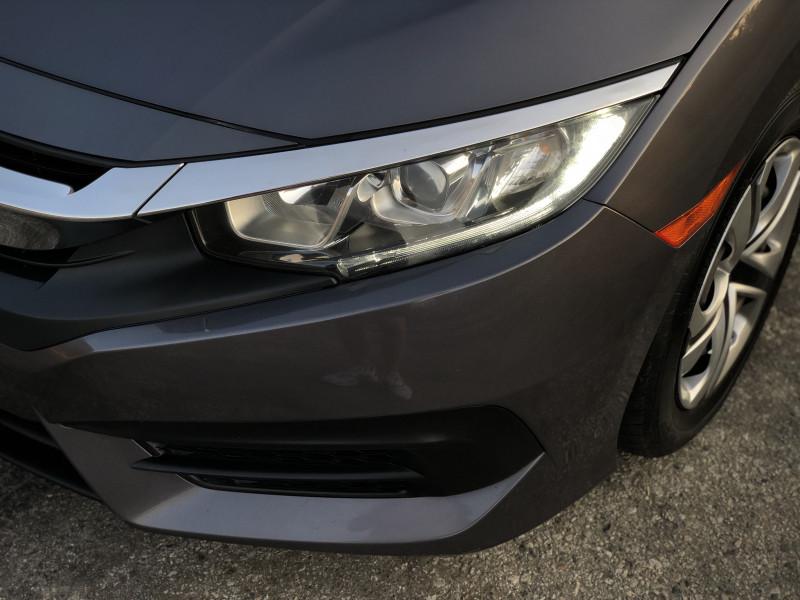 Honda Civic 2016 price $12,075