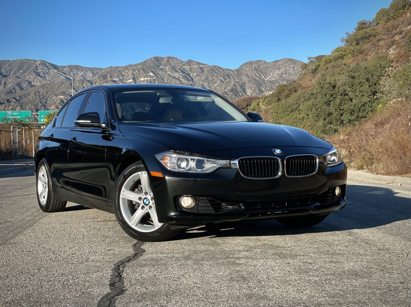 BMW 3-Series 2013 price $13,399