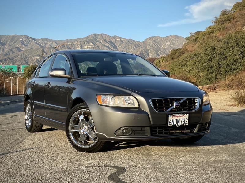 Volvo S 40 2010 price $5,690
