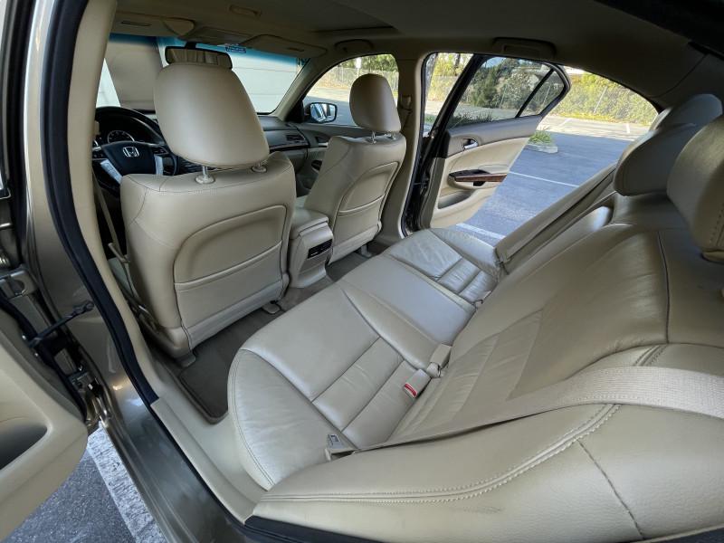 Honda Accord 2010 price $7,429