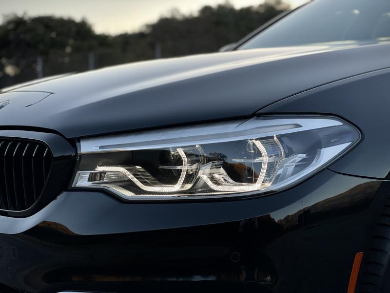 BMW 5-Series 2017 price $30,199