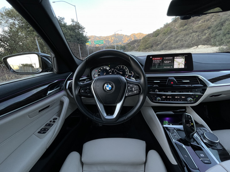 BMW 5-Series 2017 price $30,380