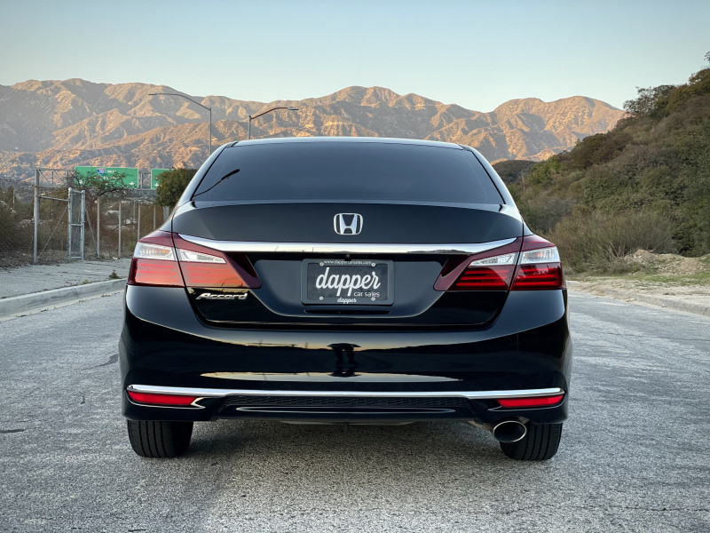 Honda Accord 2017 price $13,759