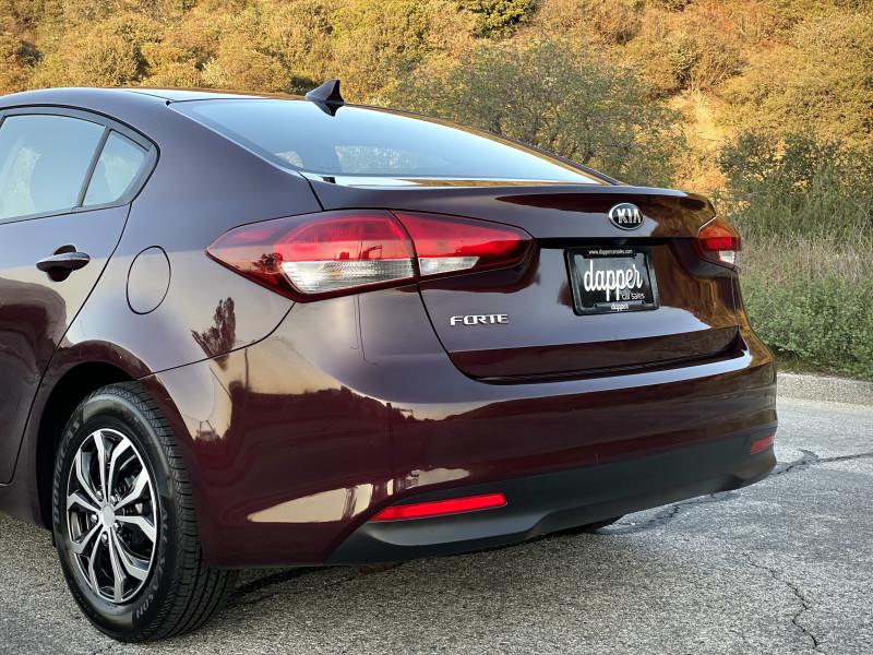 Kia Forte 2017 price $8,990