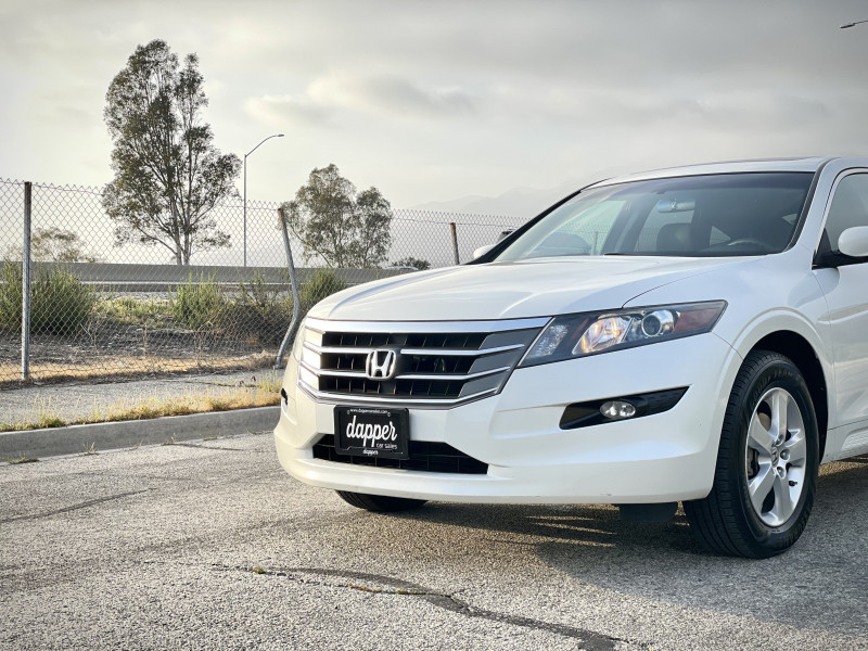 Honda Accord Crosstour 2011 price $9,479