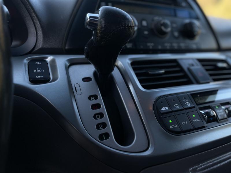 Honda Odyssey 2010 price $7,759