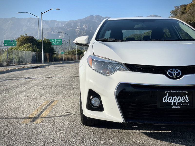 Toyota Corolla 2016 price $12,799