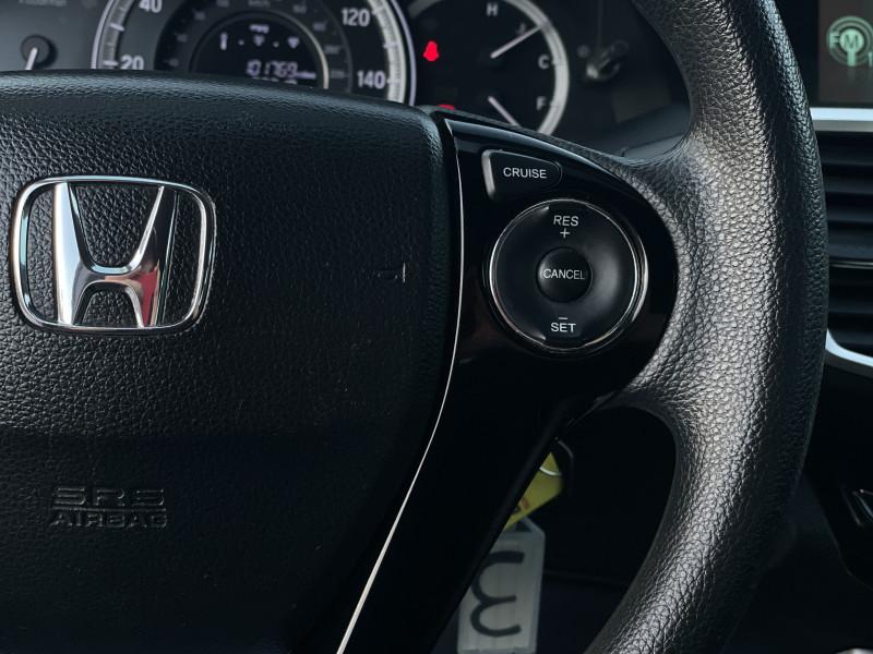 Honda Accord 2017 price $15,339