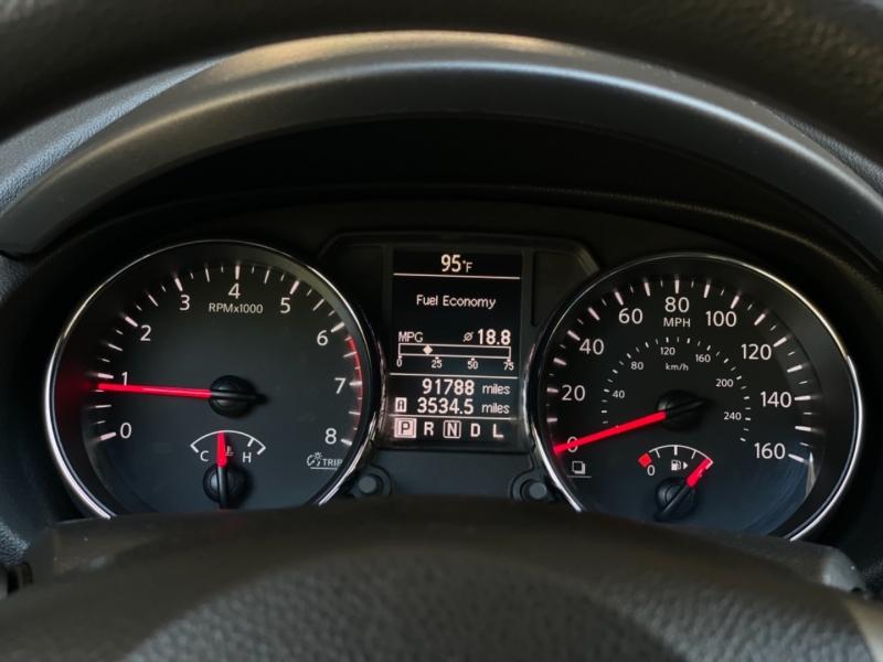 Nissan Rogue 2012 price $9,459