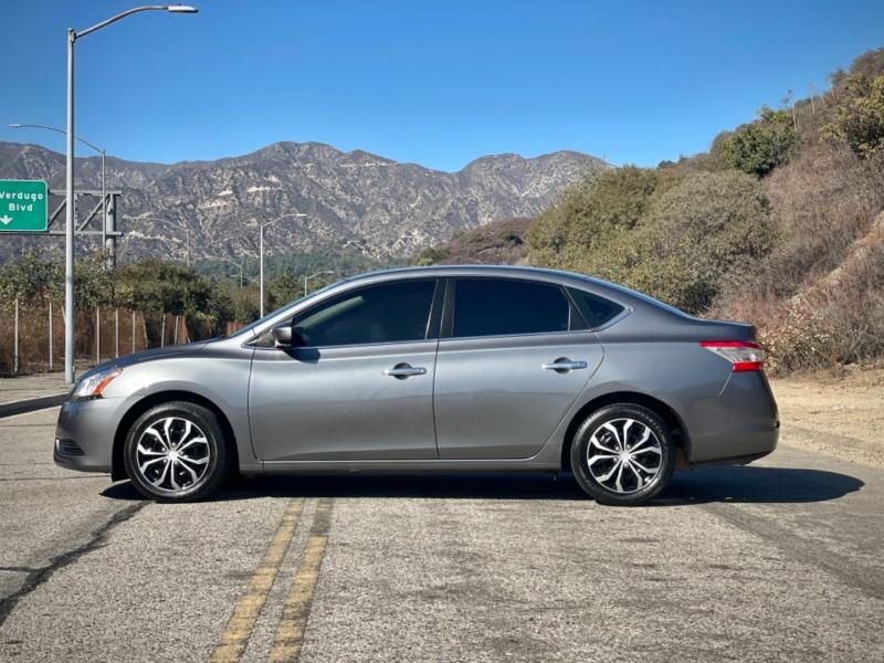 Nissan Sentra 2015 price $7,999