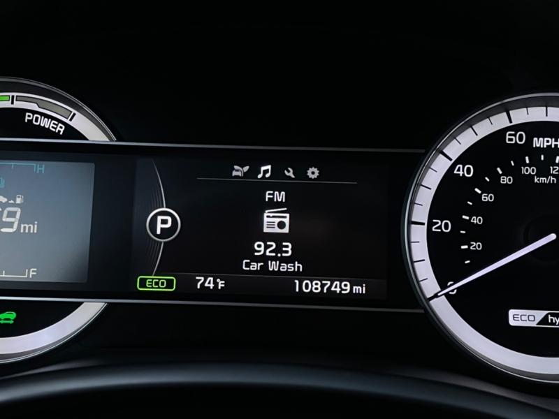 Kia Niro 2017 price $15,569