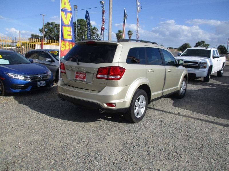 Dodge Journey 2011 price $6,499