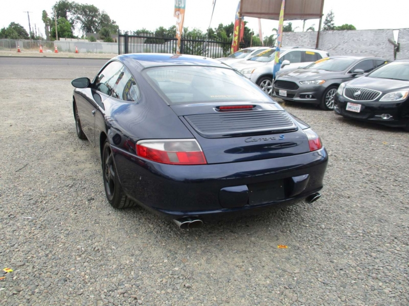 Porsche 911 Carrera 2003 price $16,999